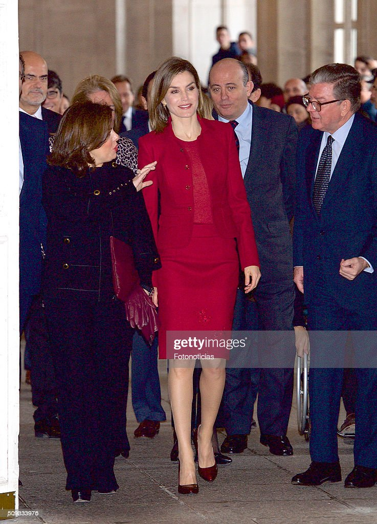 Queen <a gi-track='captionPersonalityLinkClicked' href=/galleries/search?phrase=Letizia+of+Spain&family=editorial&specificpeople=158373 ng-click='$event.stopPropagation()'>Letizia of Spain</a> and Spanish Vice President Soraya Saenz de Santamaria (L) visit the Royal Palace on February 10, 2016 in Madrid, Spain