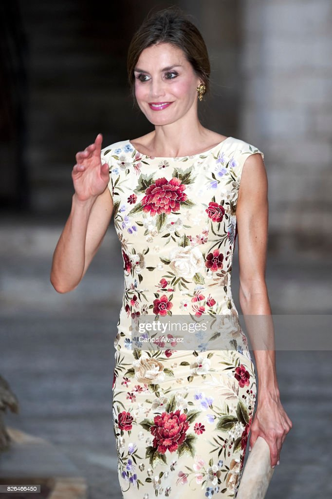 Queen Letizia of Spain attends a dinner for authorities at the Almudaina Palace on August 4, 2017 in Palma de Mallorca, Spain.