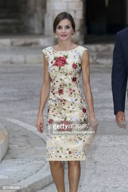 Queen Letizia of Spain attends a dinner for authorities at the Almudaina Palace on August 4 2017 in Palma de Mallorca Spain