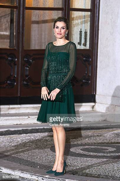 Queen Letizia of Spain attends a Gala dinner at Palacio de las Necesidades during her official visit to Portugal on November 29 in Lisbon Portugal