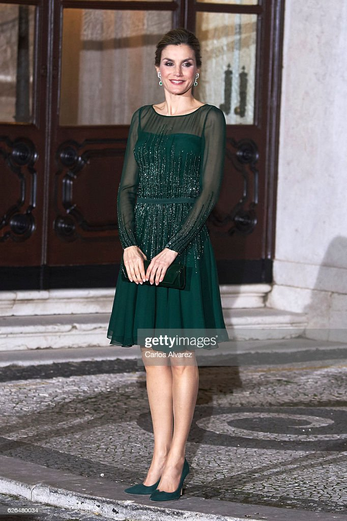 Queen Letizia of Spain attends a Gala dinner at Palacio de las Necesidades during her official visit to Portugal on November 29, in Lisbon, Portugal
