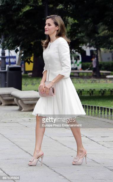 Queen Letizia of Spain attends 'El Arte de Educar' at El Prado Museum on June 19 2017 in Madrid Spain