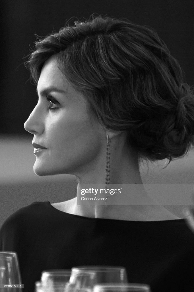 Queen Letizia of Spain attends 'Ortega Y Gasset' journalism awards 2016 at Palacio de Cibeles on May 05, 2016 in Madrid, Spain.