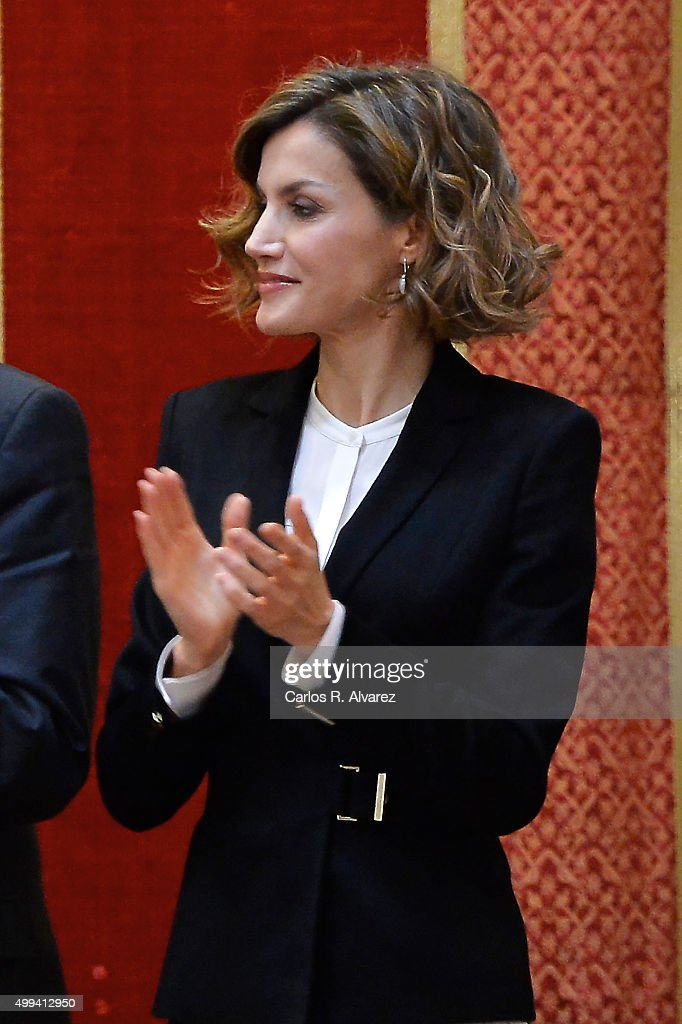 Queen Letizia of Spain attends the 'Foro Justicia y Discapacidad' awards 2015 at the Real Academia de Bellas Artes de San Fernando museum on December 1, 2015 in Madrid, Spain.