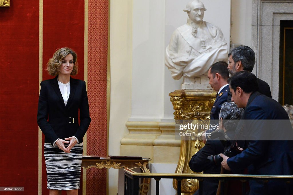Queen Letizia of Spain (L) attends the 'Foro Justicia y Discapacidad' awards 2015 at the Real Academia de Bellas Artes de San Fernando museum on December 1, 2015 in Madrid, Spain.