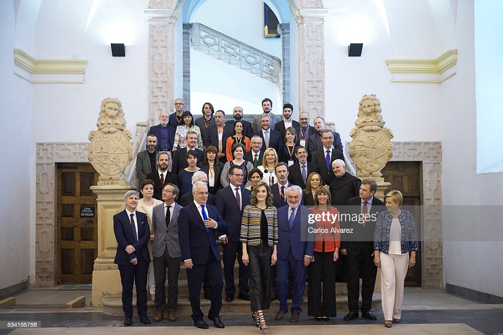 Queen <a gi-track='captionPersonalityLinkClicked' href=/galleries/search?phrase=Letizia+of+Spain&family=editorial&specificpeople=158373 ng-click='$event.stopPropagation()'>Letizia of Spain</a> (C) attends the inauguration of the 11th International Seminar of Language and Journalism 'El Lenguaje del Humor en el Periodismo Espanol' at the Monastery of Yuso on May 25, 2016 in San Millan de la Cogolla, Spain.