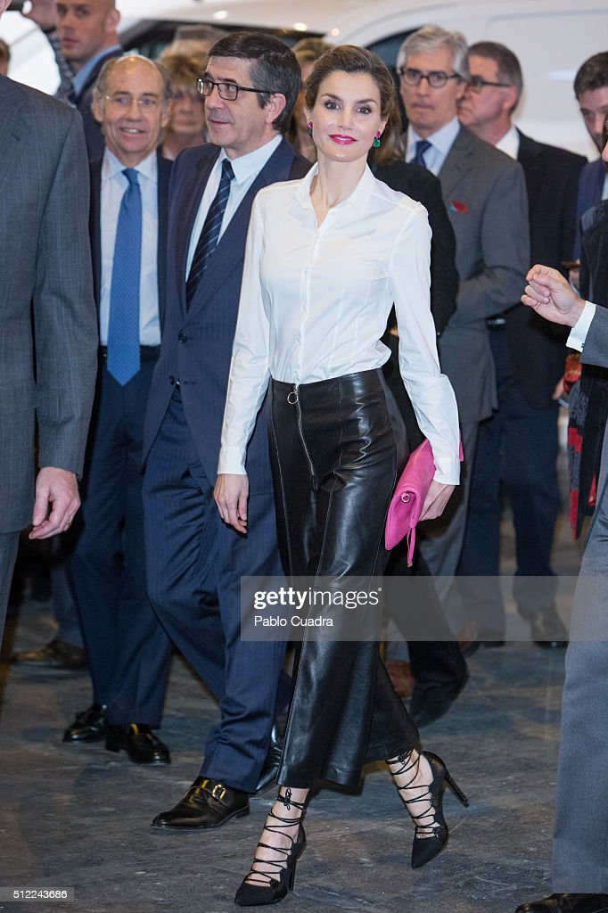 Queen Letizia of Spain attends the opening of ARCO 2016 at Ifema on February 25 2016 in Madrid Spain