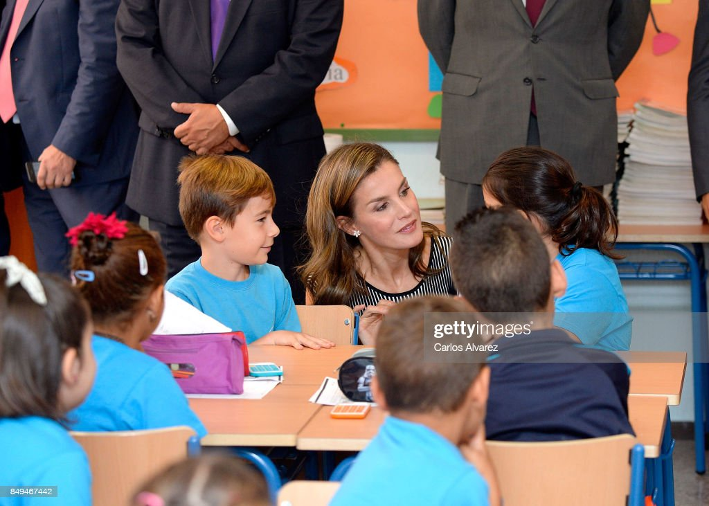 queen-letizia-of-spain-attends-the-opening-of-the-20172018-course-at-picture-id849467442