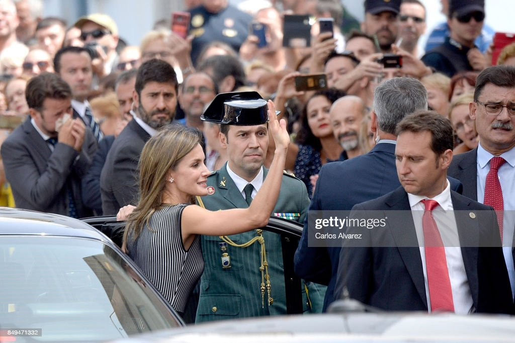 queen-letizia-of-spain-attends-the-opening-of-the-20172018-courseat-picture-id849471332