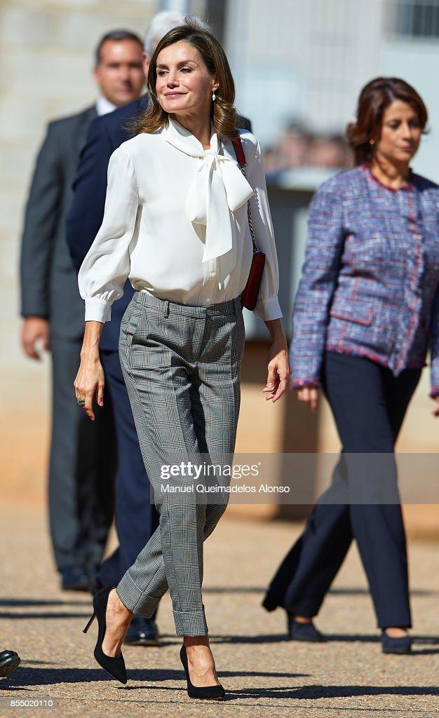 Queen Letizia of Spain attends the Opening of vocational training course 2017/2018 at Instituto de Educacion Secundaria ÒSegundo de ChomonÓ on September 27, 2017 in Teruel, Spain.