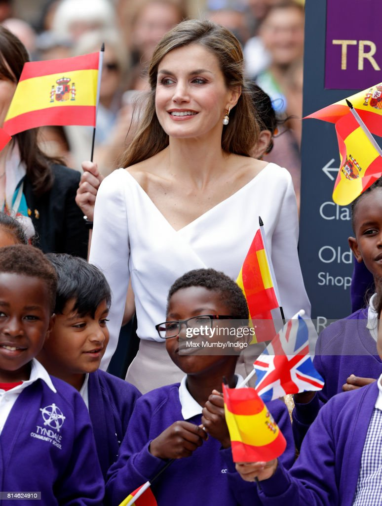 Queen Letizia of Spain meets school children as she visits the Weston Library at Oxford University on the final day of the Spanish State Visit to the United Kingdom on July 14, 2017 in Oxford, England. This is the first State Visit by the current King Felipe and Queen Letizia, the last being in 1986 with King Juan Carlos and Queen Sofia.