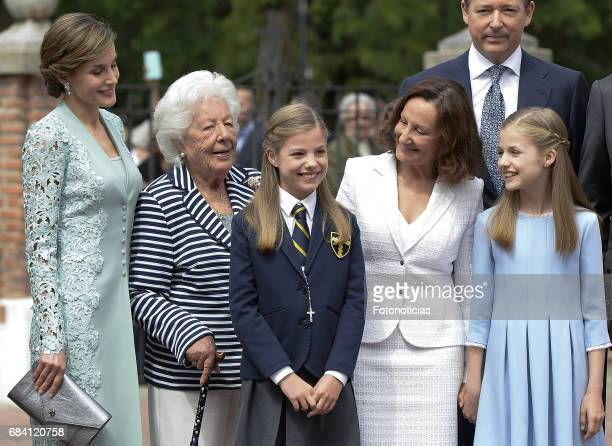 Queen Letizia of Spain Menchu del Valle Princess Sofia of Spain Paloma Rocasolano Konstantin of Bulgari and Princess Leonor of Spain pose for...