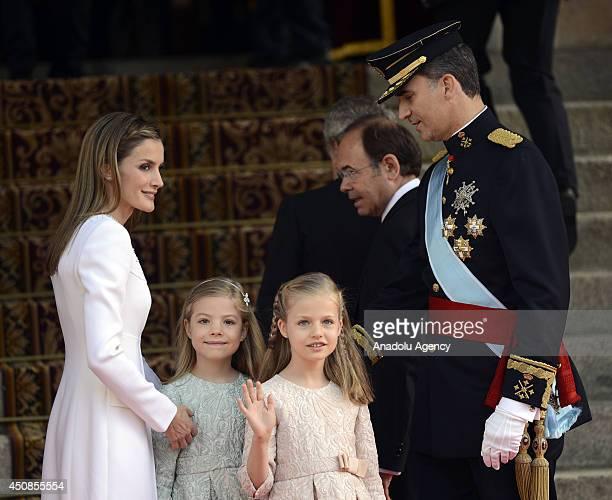 Queen Letizia of Spain Princess Leonor Princess Sofia and New king Felipe VI pose prior to the swearingin ceremony of Spain's new king Felipe VI on...