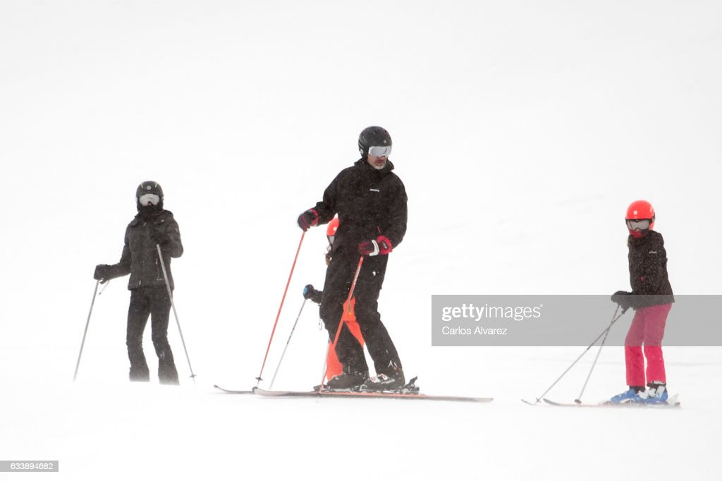 Queen Letizia of Spain, Princess Sofia of Spain, King Felipe VI of Spain and Princess Leonor of Spain enjoy a short private skiing break on February 5, 2017 in Jaca, Spain.
