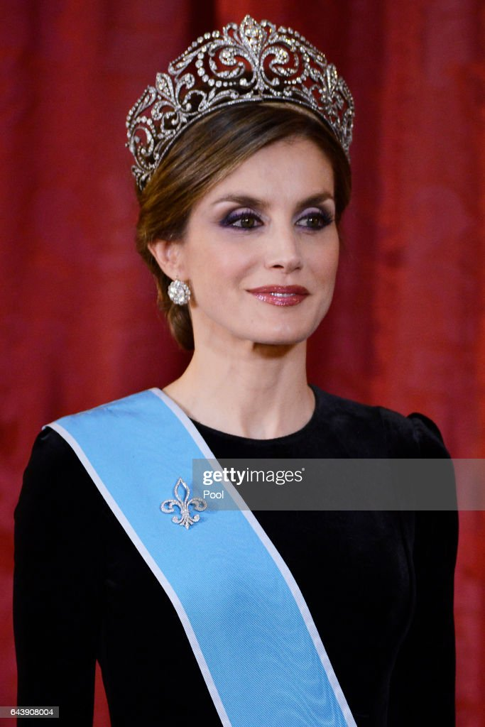 Queen Letizia of Spain receives Argentina's President Mauricio Macri and wife Juliana Awada for an Gala Dinner at the Royal Palace on February 22, 2017 in Madrid, Spain.