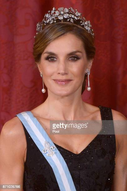 Queen Letizia of Spain receives Israeli President Reuven Rivlin and wife Nechama Rivlin for a Gala Dinner at the Royal Palace on November 6 2017 in...