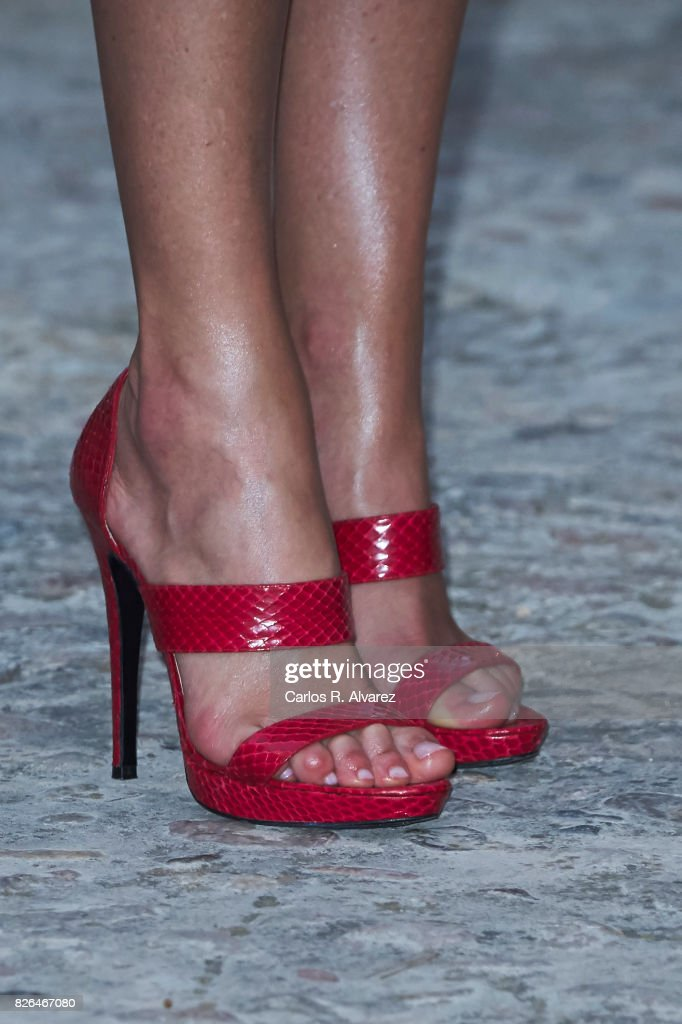 Queen Letizia of Spain, shoes detail, attends a dinner for authorities at the Almudaina Palace on August 4, 2017 in Palma de Mallorca, Spain.