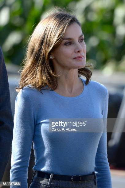 Queen Letizia of Spain visits Porenu village on October 21 2017 in Villaviciosa Spain Porenu has been honoured as the 2017 Best Asturian Village on...