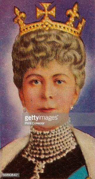 Queen Mary consort of King George V at her first State Opening of Parliament 1911 Ardath cigarette card from a series of 50 commemorating the Silver...