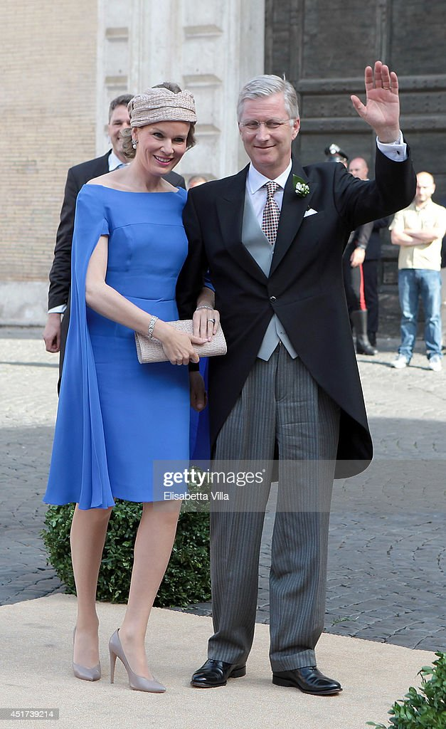 <a gi-track='captionPersonalityLinkClicked' href=/galleries/search?phrase=Queen+Mathilde+of+Belgium&family=editorial&specificpeople=239189 ng-click='$event.stopPropagation()'>Queen Mathilde of Belgium</a> and King <a gi-track='captionPersonalityLinkClicked' href=/galleries/search?phrase=Philippe+of+Belgium&family=editorial&specificpeople=160209 ng-click='$event.stopPropagation()'>Philippe of Belgium</a> arrive at the Wedding Of Prince Amedeo Of Belgium And Elisabetta Maria Rosboch Von Wolkenstein at Basilica Santa Maria in Trastevere on July 5, 2014 in Rome, Italy.