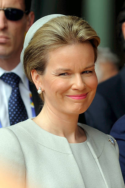 queen mathilde of belgium visits expo 2015 photos and. Black Bedroom Furniture Sets. Home Design Ideas