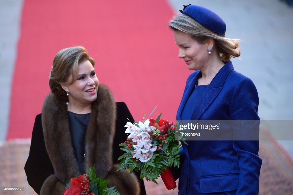 <a gi-track='captionPersonalityLinkClicked' href=/galleries/search?phrase=Queen+Mathilde+of+Belgium&family=editorial&specificpeople=239189 ng-click='$event.stopPropagation()'>Queen Mathilde of Belgium</a> (R) is accompanied by <a gi-track='captionPersonalityLinkClicked' href=/galleries/search?phrase=Grand+Duchess+Maria+Teresa&family=editorial&specificpeople=159000 ng-click='$event.stopPropagation()'>Grand Duchess Maria Teresa</a> of Luxembourg during a welcome ceremony for the Beglgian royal couple at Grand Ducal Palace on December 2, 2013 in Luxembourg City, Luxembourg. King Philippe and <a gi-track='captionPersonalityLinkClicked' href=/galleries/search?phrase=Queen+Mathilde+of+Belgium&family=editorial&specificpeople=239189 ng-click='$event.stopPropagation()'>Queen Mathilde of Belgium</a>, accompanied by Belgian Prime Minister Elio Di Rupo and Belgian Foreign Minister Didier Renders, are on a one-day official state visit to Luxembourg.