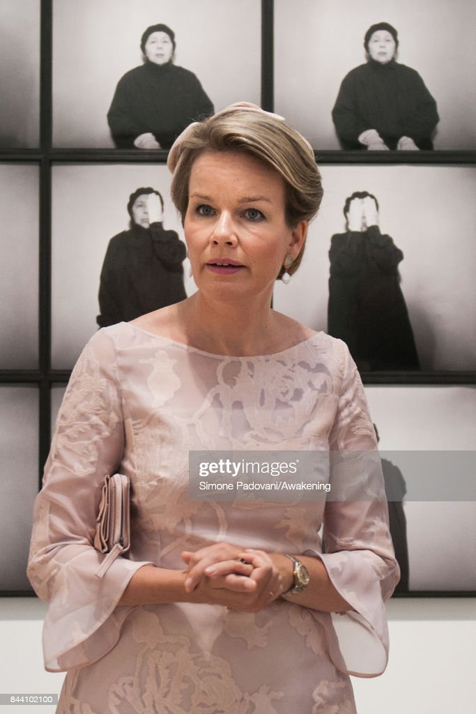 Queen Mathilde of Belgium visits the 57 International Art Biennale at Giardini area in Venice on September 8, 2017 in Venice, Italy.