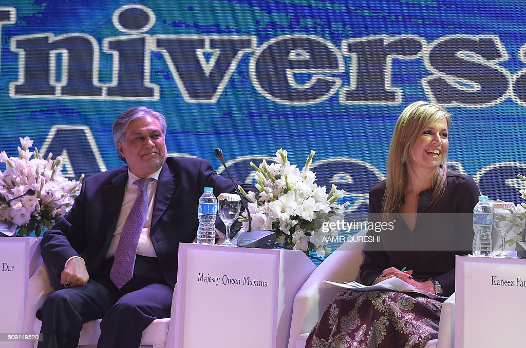 Queen Maxima (R) of the Netherlands and Pakistani Finance Minister Ishaq Dar smile during a launching ceremony of the Universal Financial Assess Initiative in Islamabad on February 9, 2016. Queen Maxima of the Netherlands, UN Secretary Generals Special Advocate (UNSGSA) for Inclusive Finance for Development arrived in Islamabad on a three day official visit to Pakistan. AFP PHOTO / Aamir QURESHI / AFP / AAMIR QURESHI