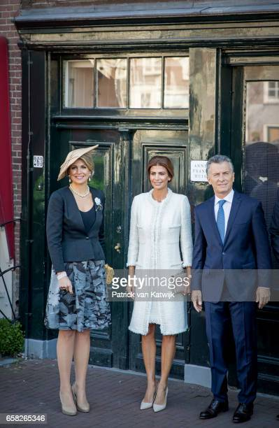 Queen Maxima of The Netherlands and President Mauricio Macri of Argentina and his wife Juliana Awada visit the Anne Frank House on March 27 2017 in...