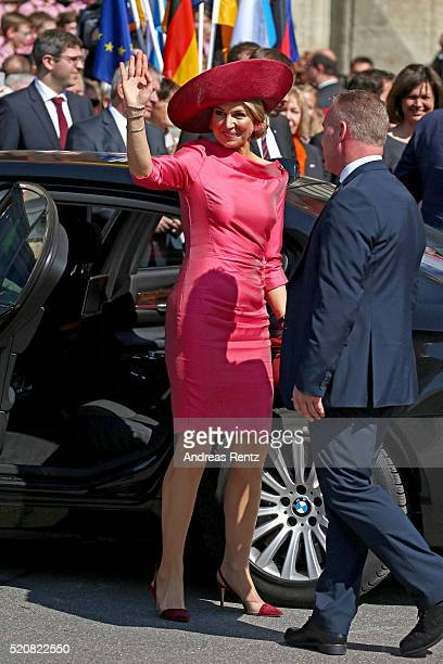 Queen Maxima of the Netherlands arrives at Munich Residenz on April 13 2016 in Munich Germany King WillemAlexander and Queen Maxima are on a twoday...