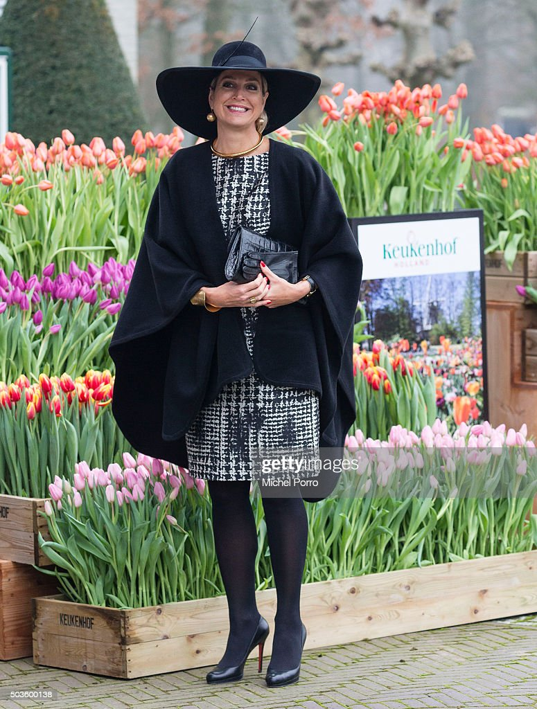 Queen Maxima of The Netherlands arrives to attend the award ceremony for the Tuinbouw Ondernemersprijs 2016 (Agriculture Entrepreneur Prize) at the Keukenhof flower show on January 6, 2016 in Lisse, Netherlands.