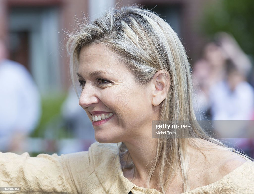 Queen Maxima of The Netherlands leaves the home for the elderly De Bolder after attending a jubilee concert celebrating 15 years Stichting Muziek in Huis (music for the elderly) on May 15, 2014 in Huizen, Netherlands.