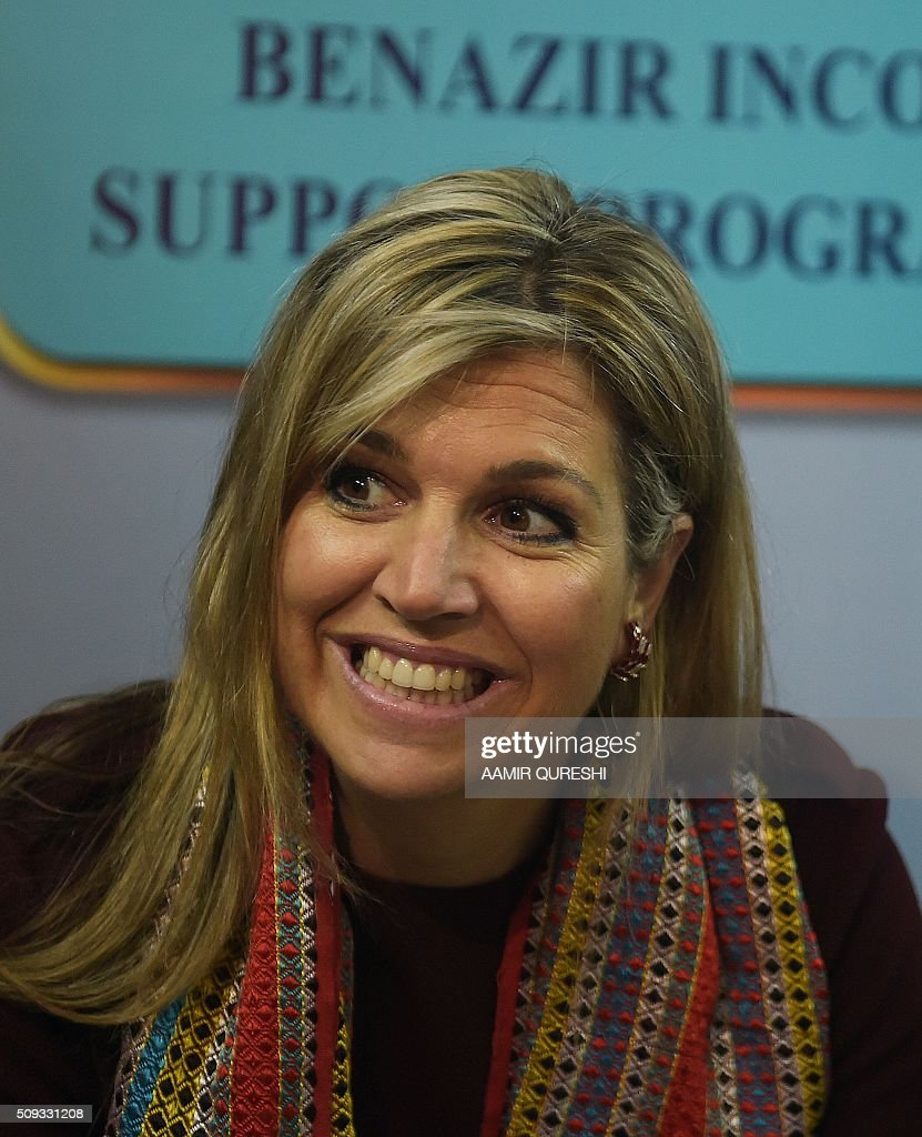 Queen Maxima of the Netherlands speaks with a beneficiary of the Benazir Income Support Programme (BISP) in Rawalpindi on February 10, 2016. Queen Maxima of the Netherlands, UN Secretary Generals Special Advocate (UNSGSA) for Inclusive Finance for Development, is in Pakistan on a three day official visit. AFP PHOTO / Aamir QURESHI / AFP / AAMIR QURESHI