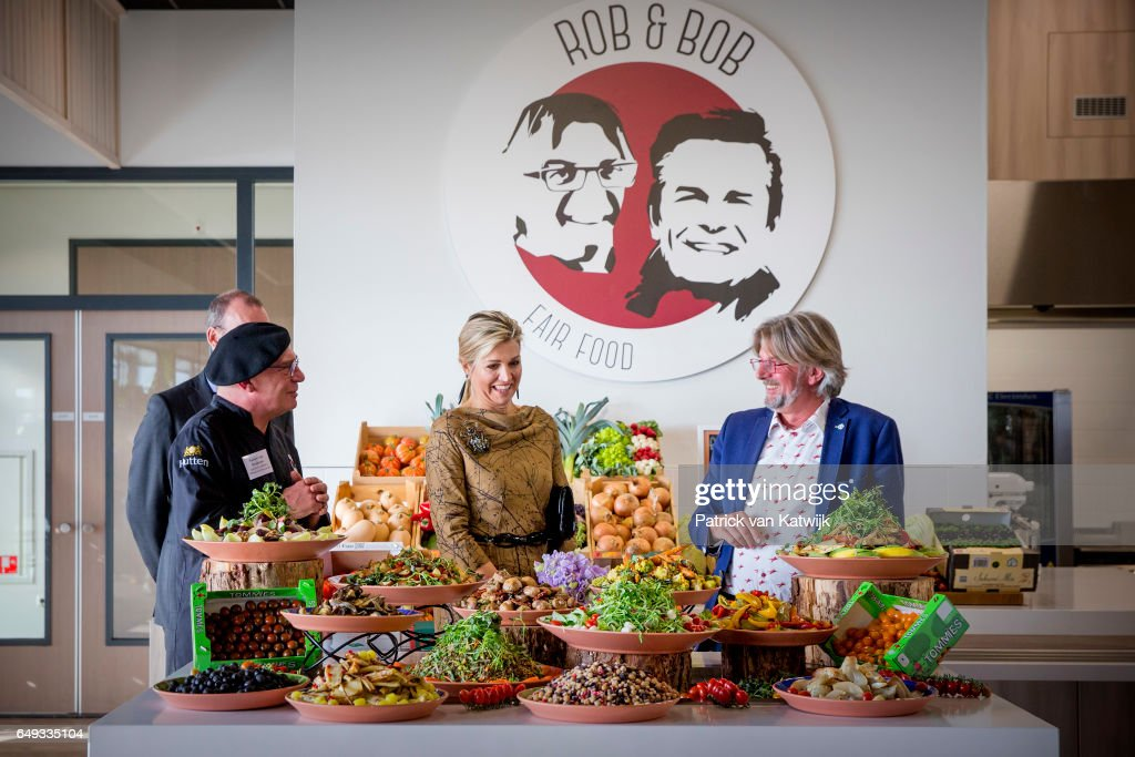 queen-maxima-of-the-netherlands-visits-horticultural-company-koppert-picture-id649335104