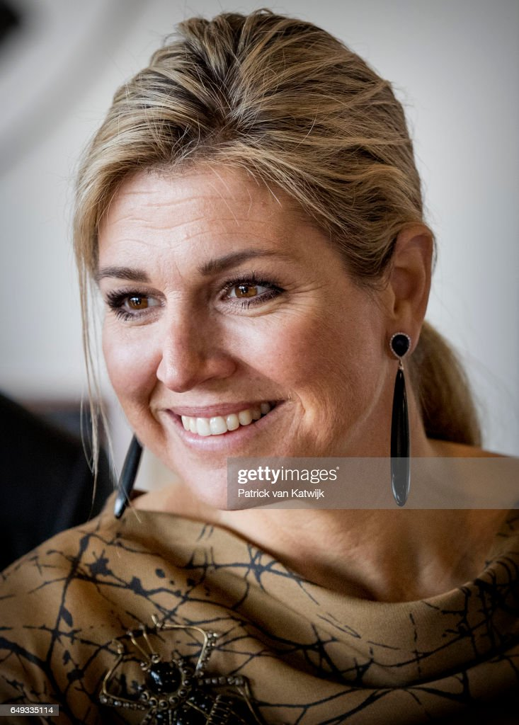queen-maxima-of-the-netherlands-visits-horticultural-company-koppert-picture-id649335114