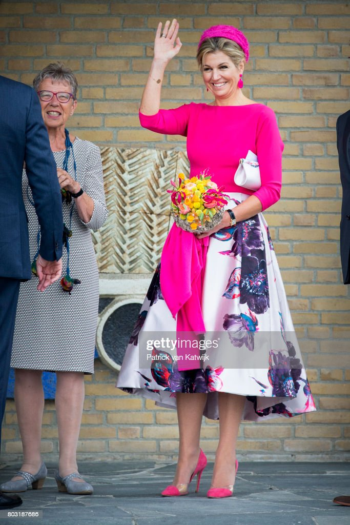 queen-maxima-of-the-netherlands-visits-the-harbor-of-urk-during-their-picture-id803187686