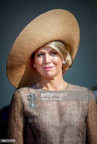 Queen Maxima of The Netherlands welcomed by President Marcelo Rebelo de Sousa of Portugal during an official welcome ceremony at the Mosteiro dos...