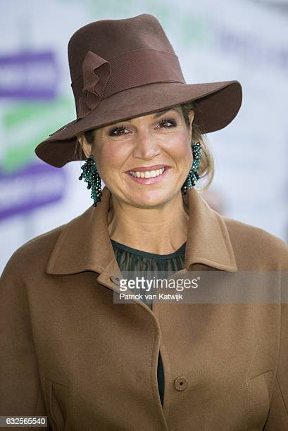 Queen Maxima opens the national education exhibition in the Jaarbeurs Utrecht on January 24 2017 in The Hague Netherlands At the exhibition the queen...