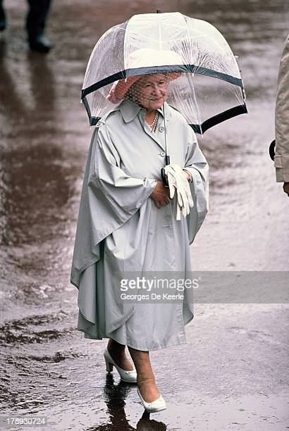 Queen Mother holds an umbrella during Royal Ascot on June 21 1990 in Ascot England