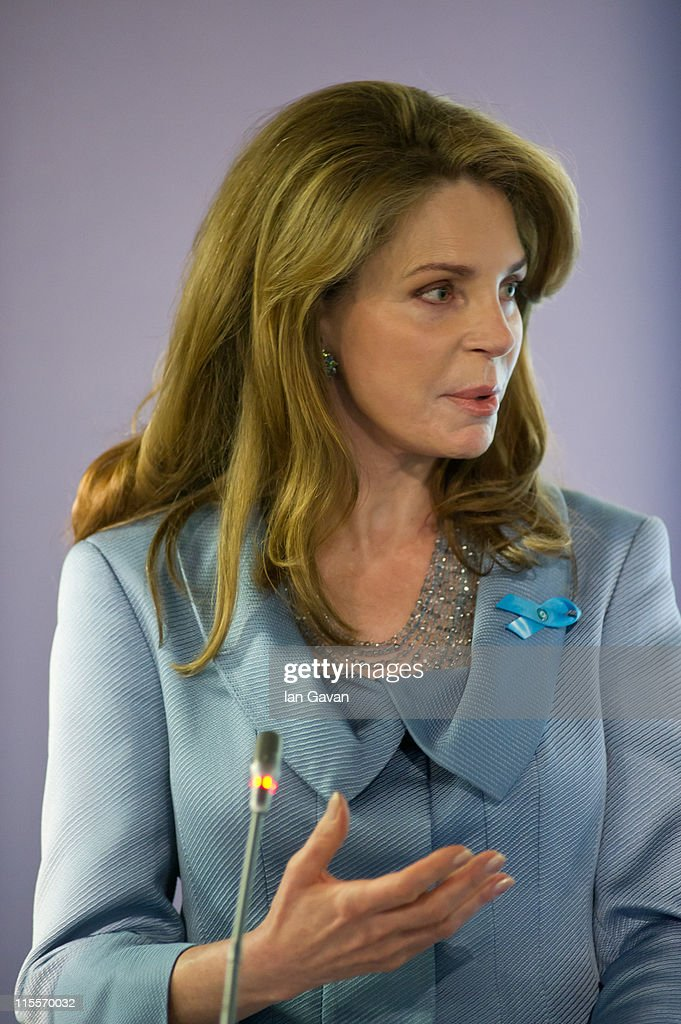 <a gi-track='captionPersonalityLinkClicked' href=/galleries/search?phrase=Queen+Noor+of+Jordan&family=editorial&specificpeople=160326 ng-click='$event.stopPropagation()'>Queen Noor of Jordan</a> speaks during the launch of the 19th World Oceans Day at Selfridges Ultralounge on June 8, 2011 in London, England. World Oceans Day is held for the first time at Selfridges and will be attended by members of Parliament from across the European Union.
