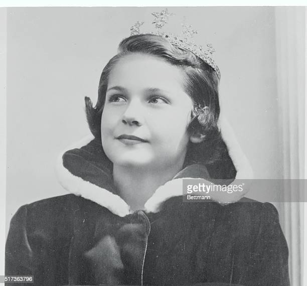 Queen of the Kids Hamilton Ohio Thirteenyearold Joan Crawford of Hamilton is the 1950 Queen of National Kids Day selected by judges representing more...