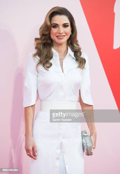 Queen Rania attends the Fashion for Relief event during the 70th annual Cannes Film Festival at Aeroport Cannes Mandelieu on May 21 2017 in Cannes...