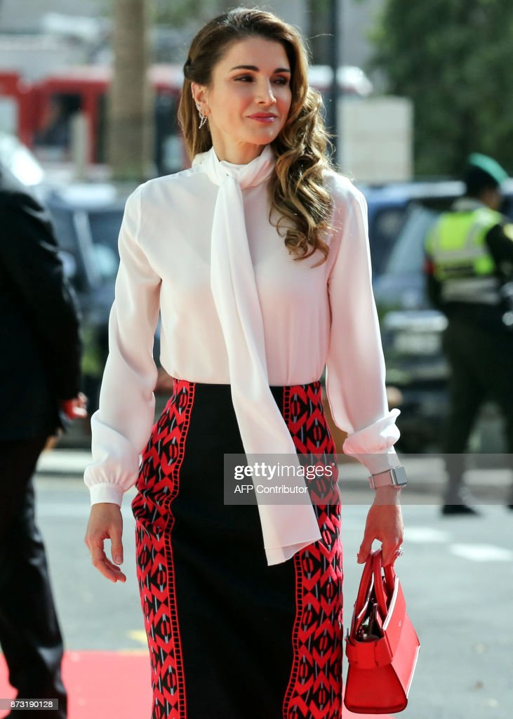 Queen Rania of Jordan arrives to attend the opening of the ordinary session of parliament in the capital Amman on November 12, 2017. /