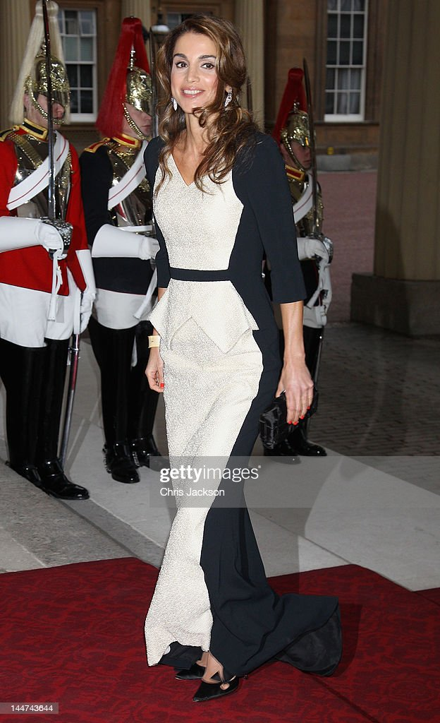 Queen Rania of Jordan attends a dinner for foreign Sovereigns to commemorate the Diamond Jubilee at Buckingham Palace on May 18, 2012 in London, England. Prince Charles, Prince of Wales and Camilla, Duchess of Cornwall hosted the event.