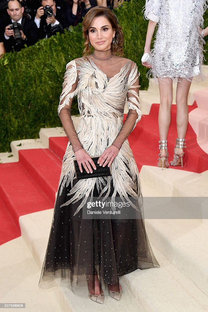 Queen Rania of Jordan attends the 'Manus x Machina Fashion In An Age Of Technology' Costume Institute Gala at Metropolitan Museum of Art on May 2...