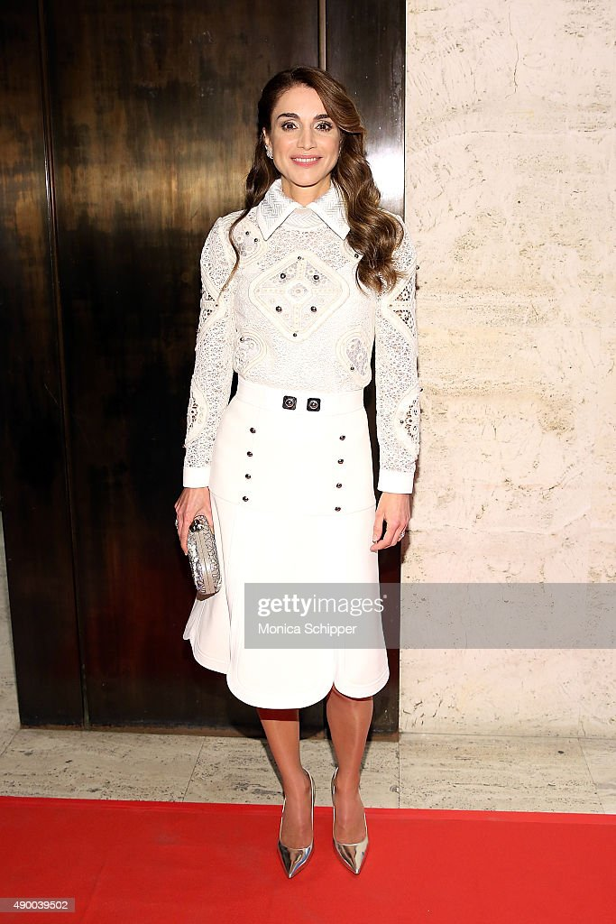 <a gi-track='captionPersonalityLinkClicked' href=/galleries/search?phrase=Queen+Rania+of+Jordan&family=editorial&specificpeople=160330 ng-click='$event.stopPropagation()'>Queen Rania of Jordan</a> attends the UN Foundation's Gender Equality Discussion at The Four Seasons Restaurant on September 25, 2015 in New York City.