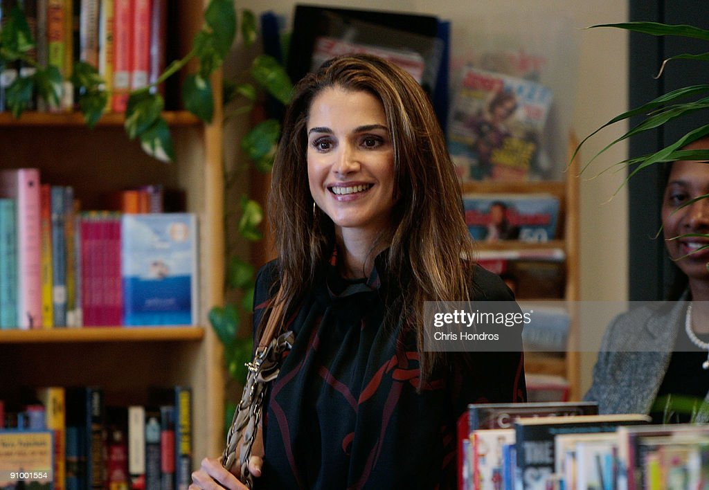 <a gi-track='captionPersonalityLinkClicked' href=/galleries/search?phrase=Queen+Rania+of+Jordan&family=editorial&specificpeople=160330 ng-click='$event.stopPropagation()'>Queen Rania of Jordan</a> enters a computer lab at the Young Women's Leadership School in East Harlem neighborhood of Manhattan September 21, 2009 in New York City. The queen met with students and staff at the school in as part of her activism in girls education.