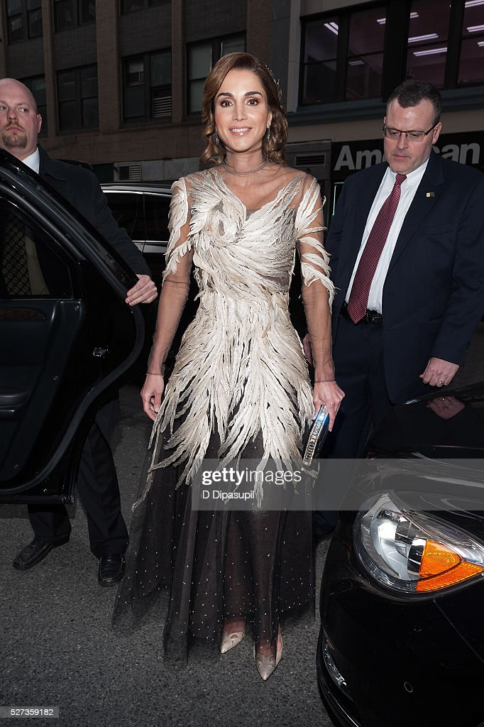 <a gi-track='captionPersonalityLinkClicked' href=/galleries/search?phrase=Queen+Rania+of+Jordan&family=editorial&specificpeople=160330 ng-click='$event.stopPropagation()'>Queen Rania of Jordan</a> is seen departing the Mandarin Oriental hotel on May 2, 2016 in New York City.