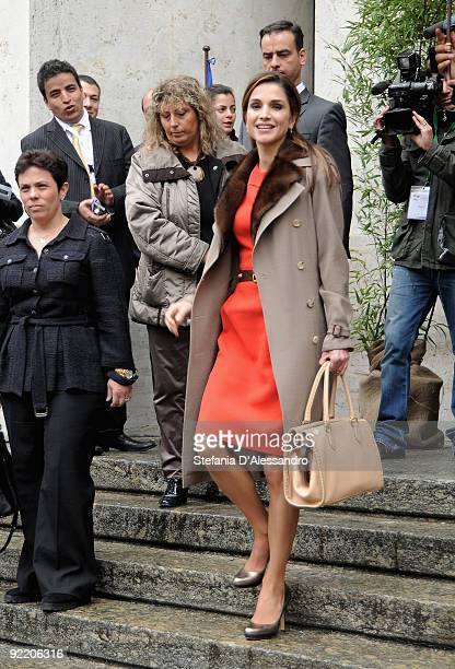 Queen Rania of Jordan leaves Palazzo Mezzanotte after having attended the JordanItaly Business Forum on October 22 2009 in Milan Queen Rania and King...