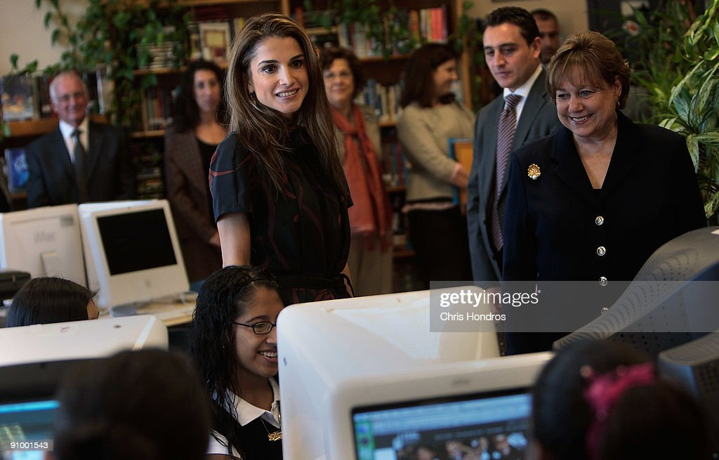 <a gi-track='captionPersonalityLinkClicked' href=/galleries/search?phrase=Queen+Rania+of+Jordan&family=editorial&specificpeople=160330 ng-click='$event.stopPropagation()'>Queen Rania of Jordan</a> stands in a computer lab at the Young Women's Leadership School in East Harlem neighborhood of Manhattan September 21, 2009 in New York City. The queen met with students and staff at the school in as part of her activism in girls education.